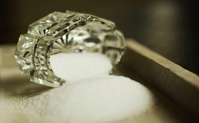 salt-1073252_640